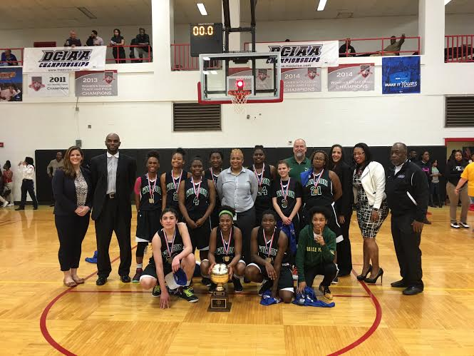 Girls varsity basketball team captures DCIAA title