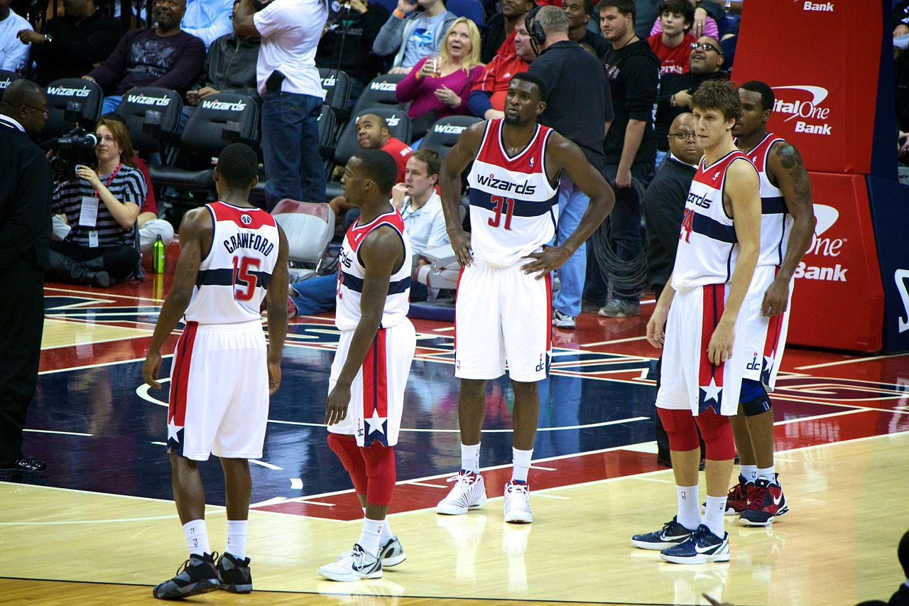 Wizards splurge to bring back core