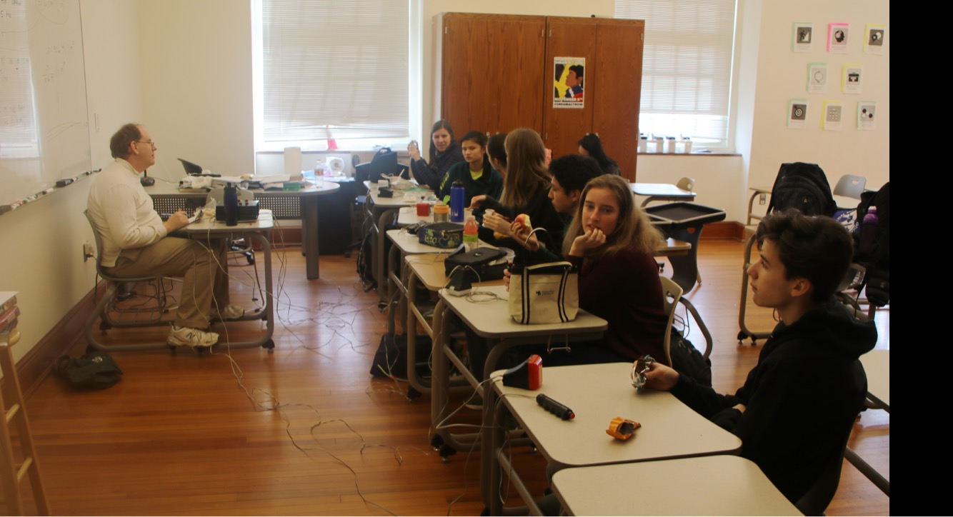 Wilson's fact fanatics: Quiz bowl novices give it a try