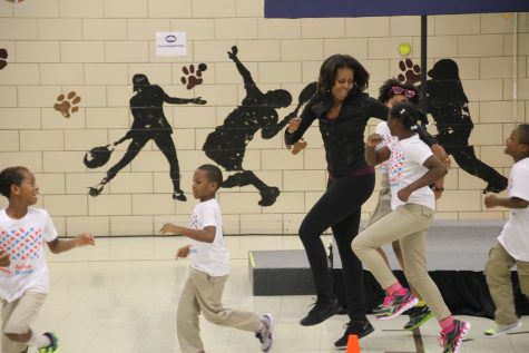The First Lady gets movin' with Orr Elementary students.