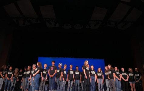 Choir students say farewell to seniors in spring concert