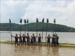 CHAMPS: Boys crew wins national title